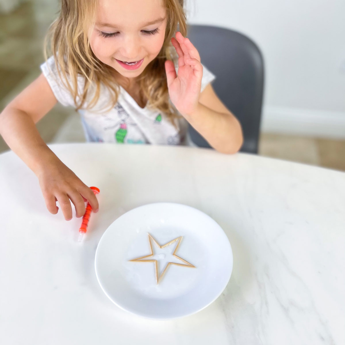 Toothpick Star Experiment – Magic with Water!