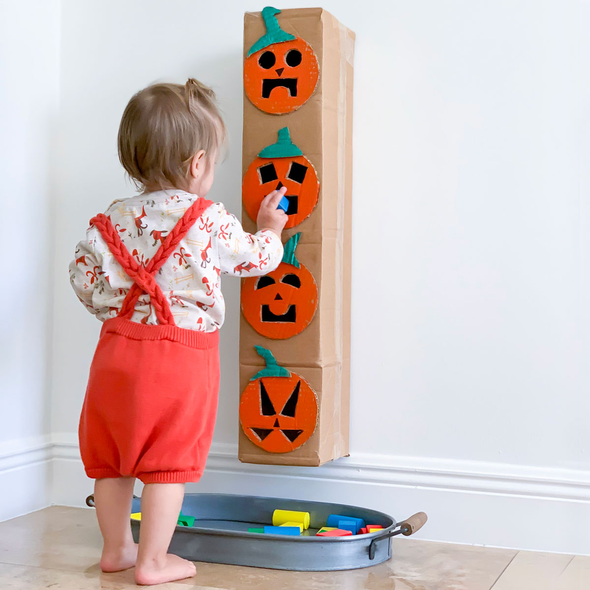 Halloween Activity for Toddlers – Make a Shape Sorter